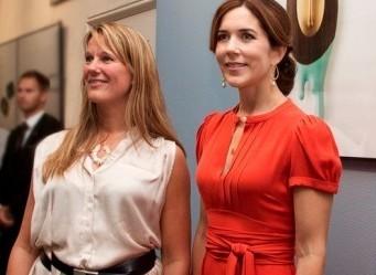 Vinder af Skt. Loye Prisen 2012 Annette Dam og HKH Kronprinsesse Mary