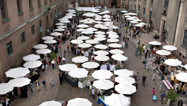Kunsthåndværkermarkedet på Frue Plads