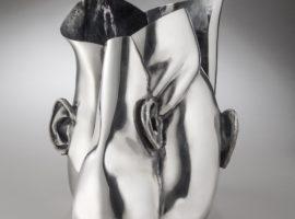 Gitte Bjørn udstiller hos Købbe Contemporary Objects, Body and Soul i dialog med fotograf Thomas Grøndahl.
